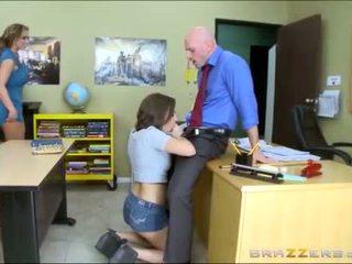 Ado et belle mère worships école teachers grand bite