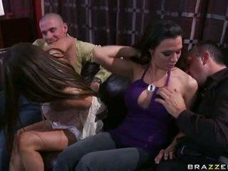 Rachel roxx और rachel starr खेलने साथ चिक lads