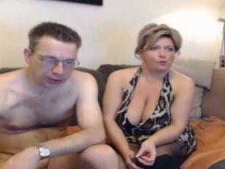 Seksi mama dan mereka boyfriend pt 2