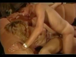 blondiner, tappning, små bröst