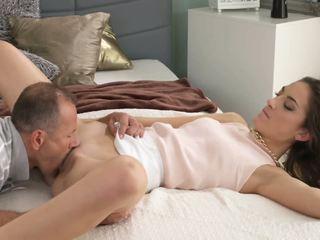 אנמא רזה elegant beauty gets orgasmic סקס lesson על ידי מנוסה ישן יותר אדם