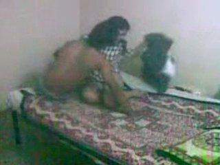 Innocent ser bengali gf getting körd av henne bf
