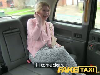 Faketaxi възбуден клиент calls taxi bluff