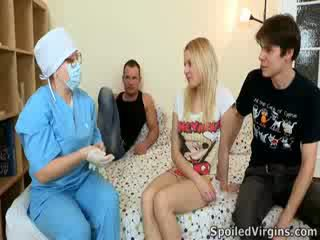 Losing tema virginity on an hämmastav sündmus ja natali wants kuni tegema the kõige kohta see.