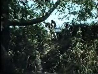 Emeis oi blaxoi opws laxei-greek antigo xxx (f.movie)dlm