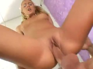 Sexy blond nympo bianca pureheart slammed med thick kuk dyp i rosa pit