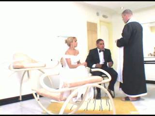 الشقراوات, brides, جبهة مورو