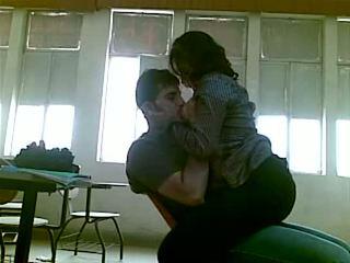 Iraqi секс на коледж mustafa & yasmin - частина 1