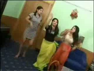 Nag arab dekleta video