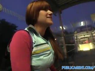Publicagent hd hun fuckes meg til penger whilst waiting til henne tog