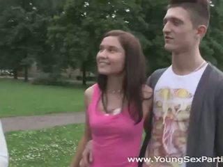Young Sex Parties: Swinger teens havin...