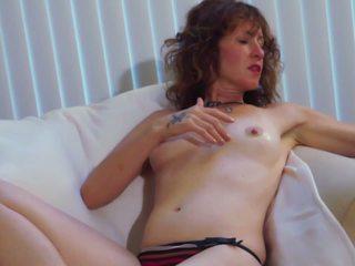 Melodi Unwinds: Free Clips4Sale HD Porn Video 2f