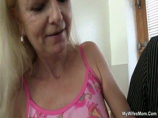 Vecs māte loves dzimumloceklis