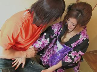 Красавици geisha gets тя путка licked от randy hunk