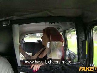 غريب أحمر الشعر امرأة سمراء jizzed في ل taxi