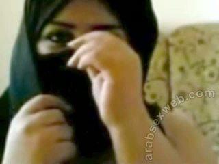 큰 boobed arab slut-asw1046