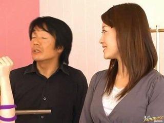 일본의 av 모델 pees