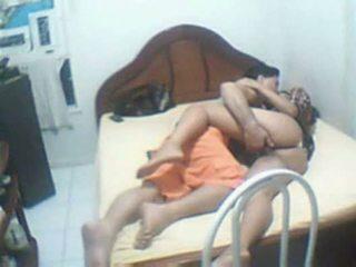 Warga india pasangan menangkap rumah sextape