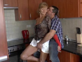 Poilu allemand grand-mère loves anal - r9