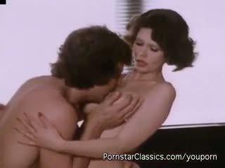 Desiree cousteau - класичний порно legend desiree трахкав