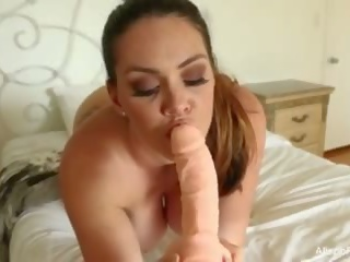 tits e madhe, masturbim
