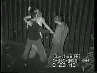 Πραγματικός ασφάλεια σπέρμα tape του μεθυσμένος/η κορίτσι πατήσαμε βίντεο