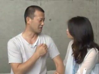 Maki hokujo has fondled ו - bumped על ידי 3 salacious men