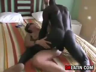 丈夫 watches 妻子 getting 性交