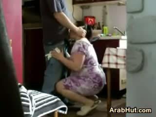 Thick amatöör arab tšikk gets perses