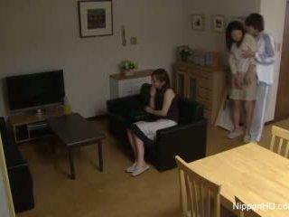 Japonesa jovem grávida takes um caralho