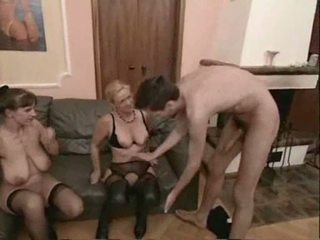 Amateur rijpere swingers trio seks video-