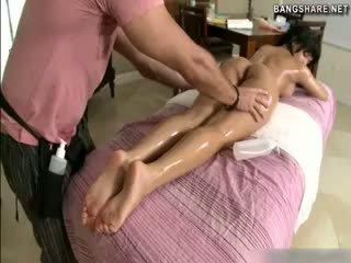 brunettes, massage