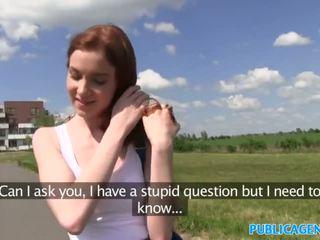 Publicagent סקסי ג'ינג'ית סטודנט מזוין מן מאחורי ב a hill