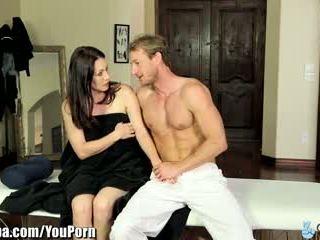 Curvy momen jag skulle vilja knulla rayveness tricked till knull masseur