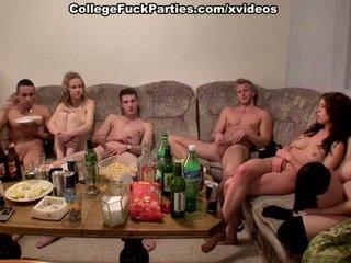 Čekiškas students staged an orgija į the vakarėlis