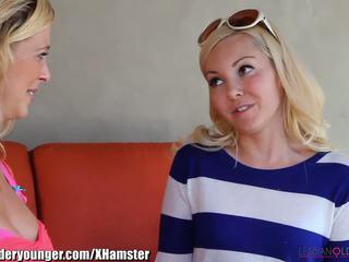 Lesbianolderyounger aaliyah dragoste eating milf afară