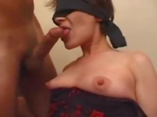 Äiti gets dressed cuffed & anaali, vapaa äiti gets anaali porno video-