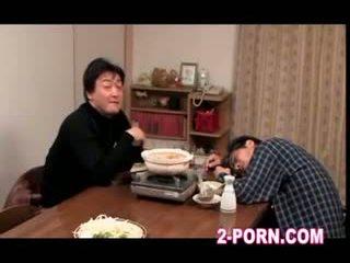 hospodyňka, milf, asijský
