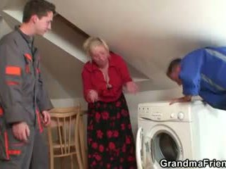 senas, 3some, senelė