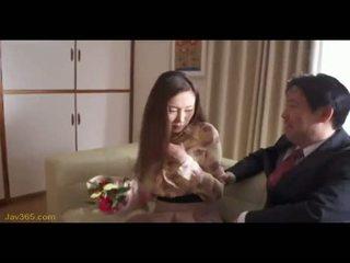 Ooba yui sekretarya magkantot kanya amo 2