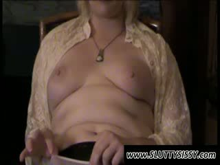Blondie crossdresser alice predstavenie prsia