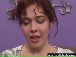 brunetă, muie, roșcată