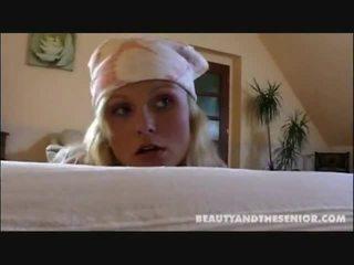 Netīras uzkopšana dāma