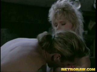 Retro blond gets knullet stor