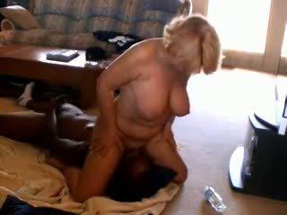 Ištvirkęs suaugę žmona adoring juodas dicks, porno 33