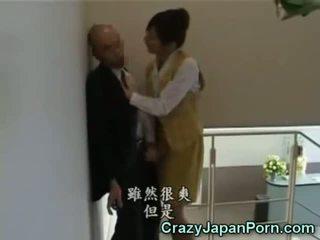 瘋狂的 灰機 在 tokyo 辦公室!