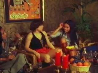 Thai Lady Love: Free Lesbian Porn Video c6