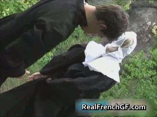Slutty френски монахиня прецака извън порно