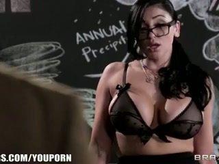 角質 學院 prof audrey bitoni steals 她的 學生 從 他的 gf