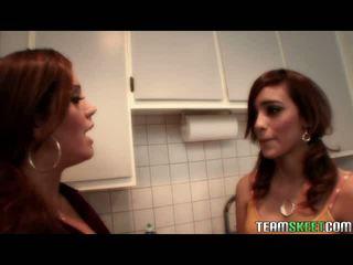हॉट सेक्सी लेज़्बीयन लाटीना वीडियोस